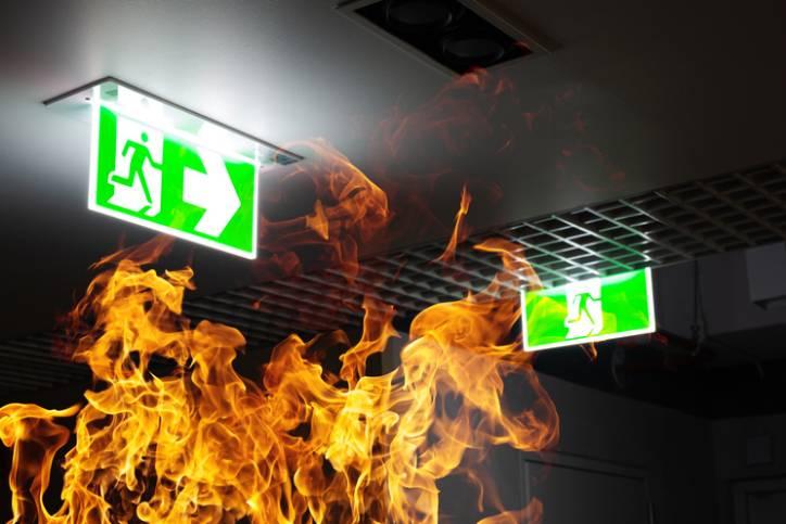 Płomienie wbiurze